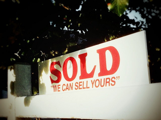 Sales of Existing Homes Rebound In February